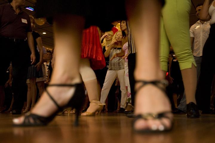 dancing-with-stars-b082909E