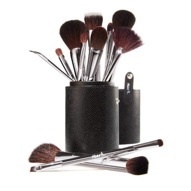 mark. by Avon Artist Quality Makeup Brushes
