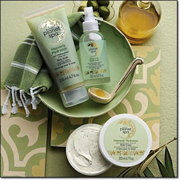 Avon Planet Spa Heavenly Hydration Collection