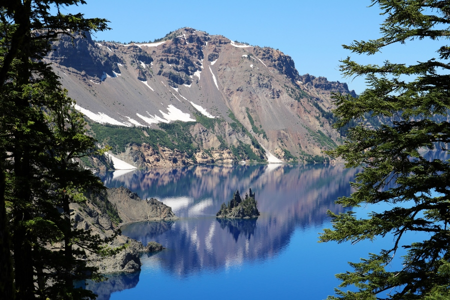 Crater Lake National Park – The Phantom Ship