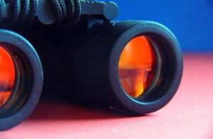 binoculars lens types