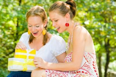 【大好きな女友達へ】30代の女性へ贈る誕生日プレゼント30選