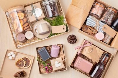 内祝い・お返しギフトにおすすめ!もらって嬉しいお菓子の贈り物15選