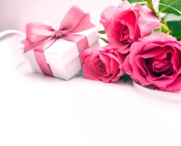 女性への誕生日プレゼントならこれ!おしゃれプレゼントの定番38選