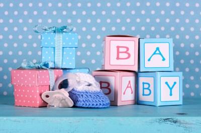 【出産祝いギフト】カタログギフトから便利グッズまで50選+出産祝いに役立つマナー
