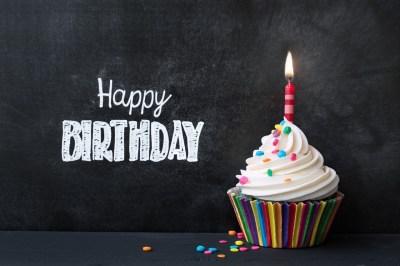 友達への誕生日プレゼントならこれ!ミニサイズの誕生日ケーキ15選+気をつけたいこと3選
