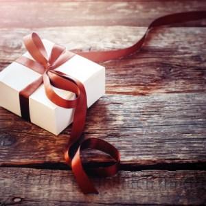 転勤になる男性上司へ。素敵なプレゼントで感謝の気持ちを伝えられるギフトのアイデア50選