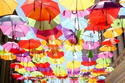 女性への誕生日プレゼントに「傘」を贈るならこれ!おしゃれな傘50選