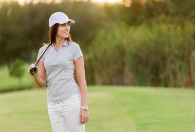 【ゴルフ女子の彼女へ】オシャレなゴルフウェア+ちょっとした小物をプレゼント15選