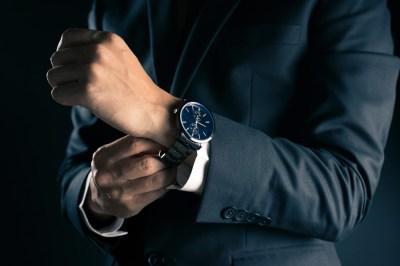 旦那様への誕生日プレゼントに「腕時計・財布・バッグ」特集50選!