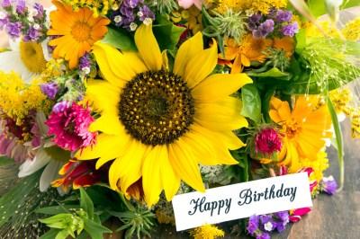 夏生まれの誕生日プレゼントや記念日に!女性に喜ばれる夏のプレゼント50選+失敗例3選