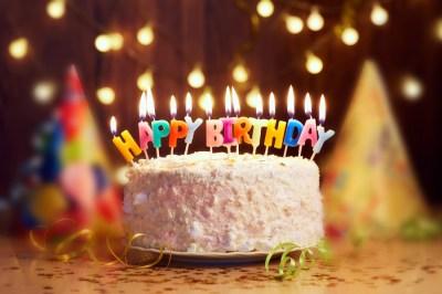 バースデーパーティーの主役に!人気の誕生日ケーキ15選+気をつけたいこと3選