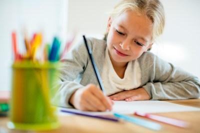 【小学4~5年生】10歳の女の子が喜ぶ誕生日プレゼント50選