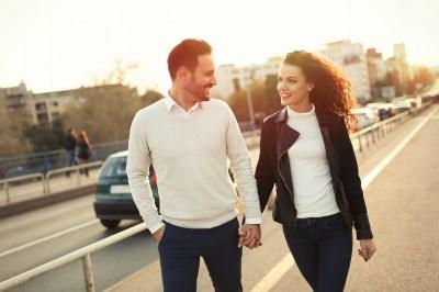 彼氏と毎日電話したい!頻度はどのぐらい?彼氏との連絡をとるときのポイント7つ