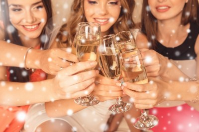女子会メンバーで贈り合うクリスマスプレゼント20選