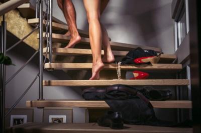愛する妻が浮気⁉奥さんが浮気する理由って?
