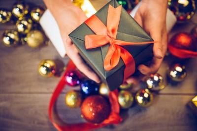 クリスマスをペアのアイテムで盛り上げたい。カップルにオススメ50選+失敗しないために気をつけたいこと2選