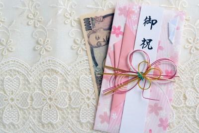 出産祝いに包む金額は?出産祝いのマナーとオススメ封筒(祝儀袋)15選