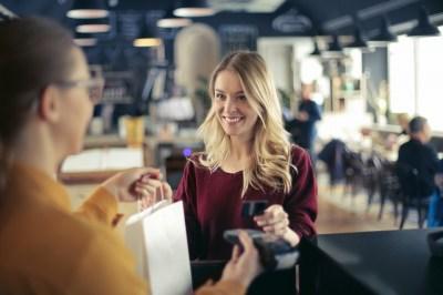 幸せな結婚は収入も影響する?収入のメリット10選