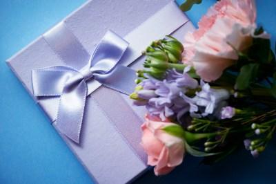 夫婦茶碗やペアものは還暦祝いのプレゼントにぴったり。選りすぐりのペアアイテム+失敗例2選