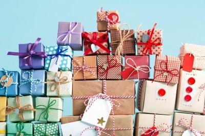 女子ウケ間違いないプレゼントを贈りたい!もらって嬉しいアイテムのアイデア50選+失敗しないための気をつけたいこと2選