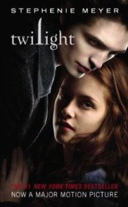 Twilight (The Twilight Saga, Book 1) by Stephenie Meyer