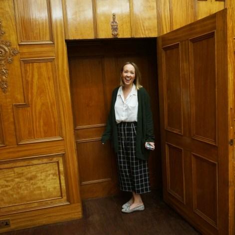 bec-secret-door