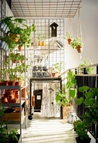 The Benefits of a Beautiful Balcony Garden