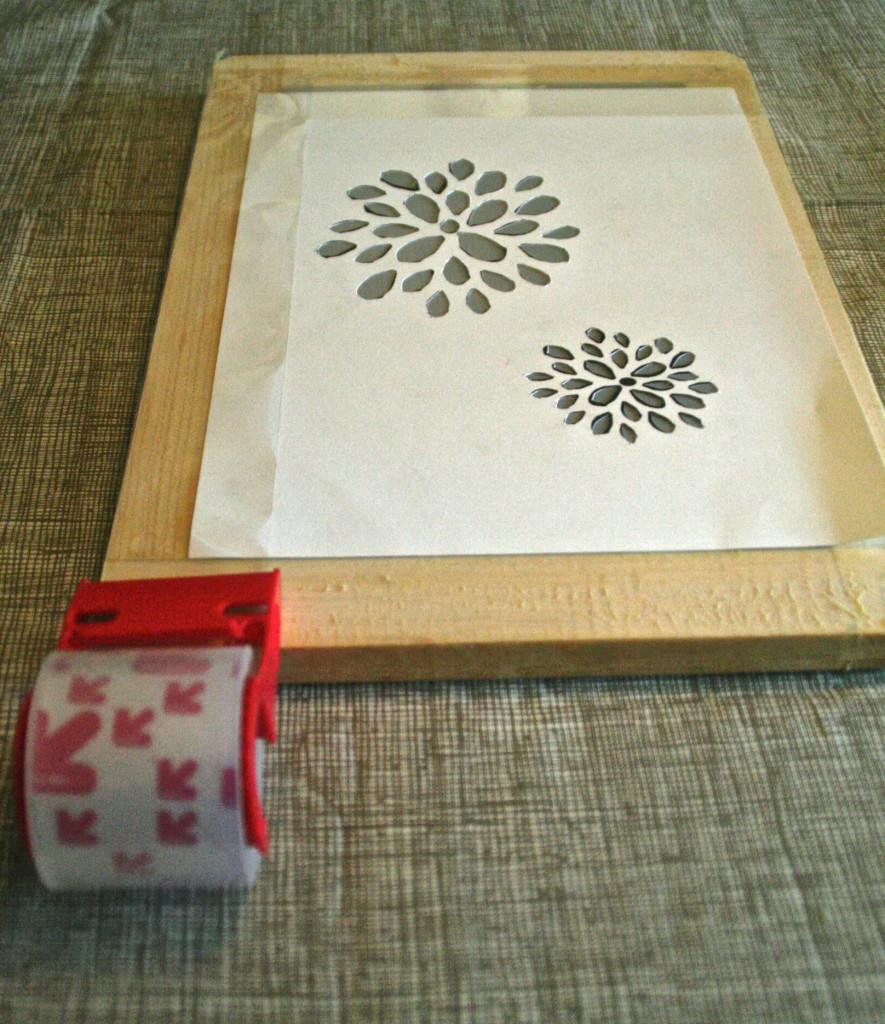 how to make diy screenprinted stencil wall paper  Dear