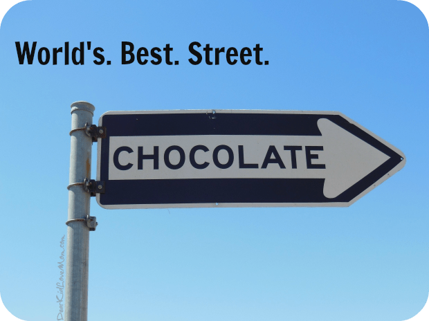 World's Best Street. DearKidLoveMom.com
