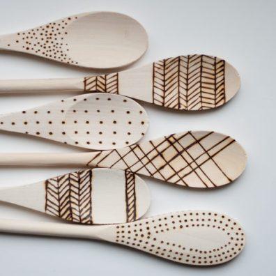 decorare_utensili_legno