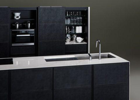 sanwa-kitchen-furniture-milan_dezeen_2364_ss_8-852x609
