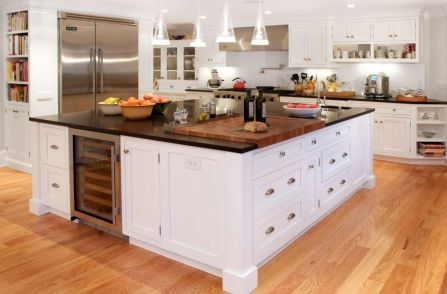butcher-block-countertop-with-a-classic-cutting-board