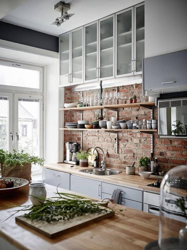 Stucco e mattoni: un binomio perfetto per una cucina di ...