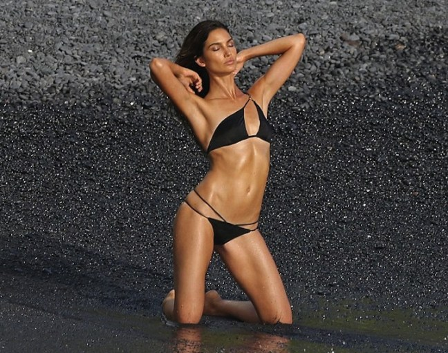Lily-Aldridge-sizzles-during-VS-photoshoot-in-Hawaii-01