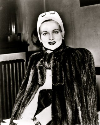 No Carole Lombard Death Photos Here or Anywhere Else!