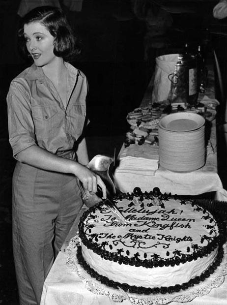 Happy Birthday Queenie Cake