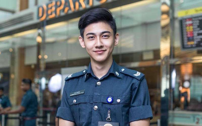 Guys in uniform are the hottest