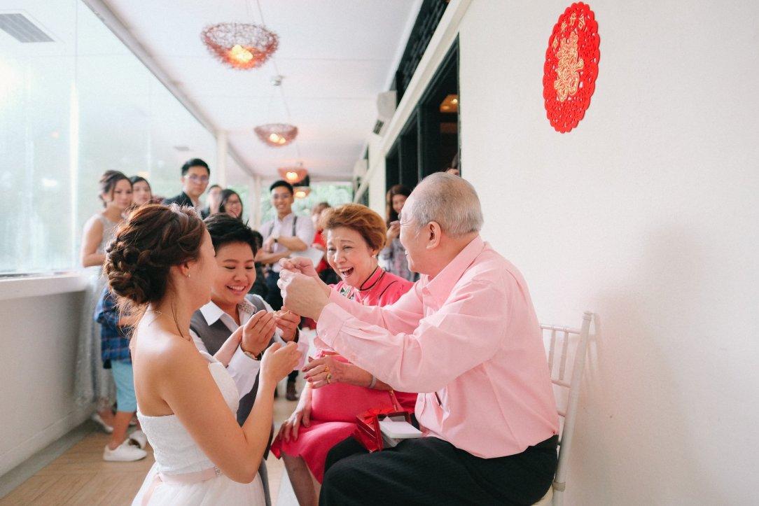 Joyce Qiuling tea ceremony
