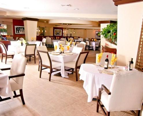 Cafe de la mer deauville beach resort