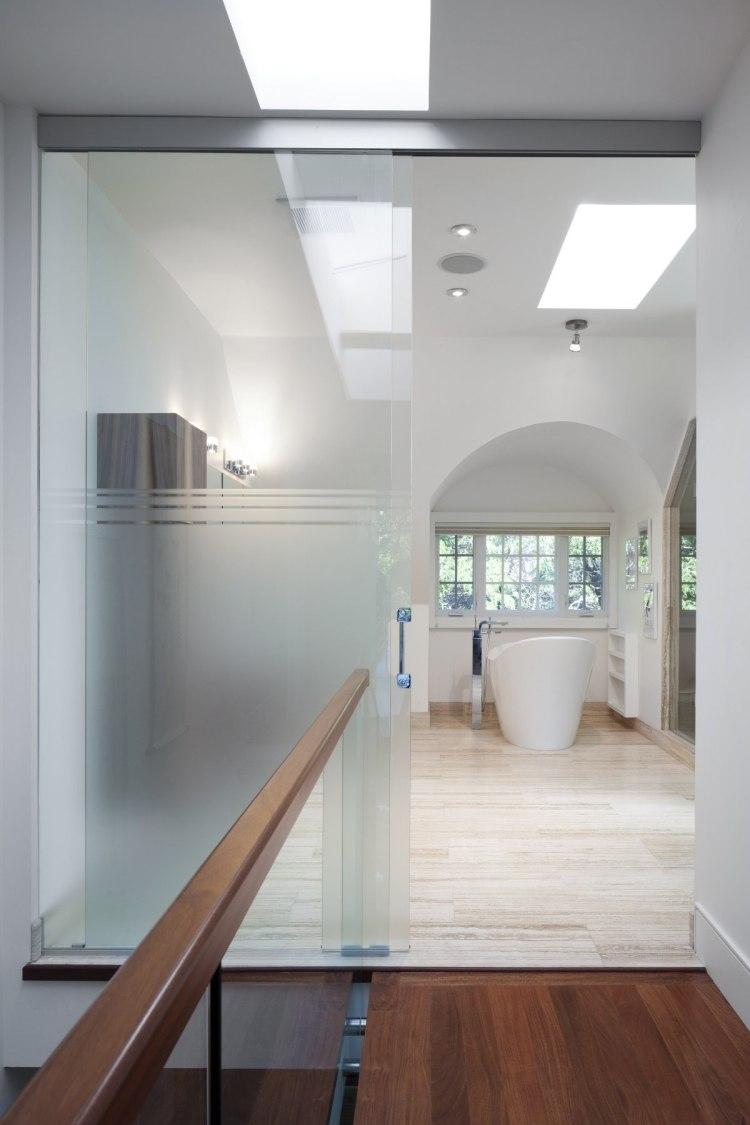freistehende badewanne aus holz. Black Bedroom Furniture Sets. Home Design Ideas