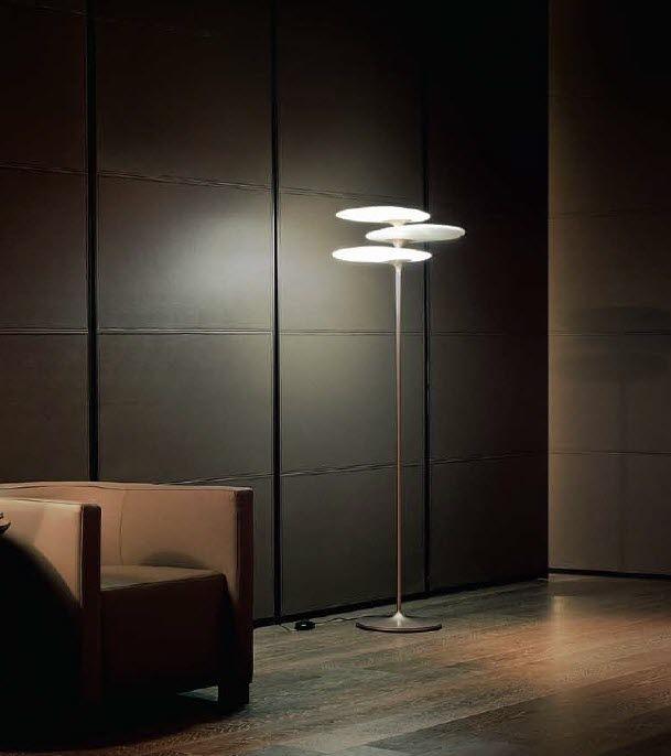 Die moderne Stehlampe  ein dekorativer Blickfang in Ihrer