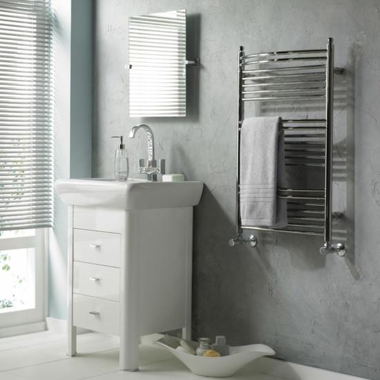 Moderne Badgestaltung  Handtuchhalter fr Heizkrper