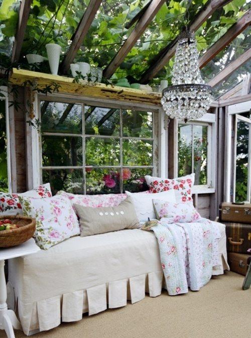 Verglaste Terrasse oder Veranda als gemtlichen Loggia Bereich