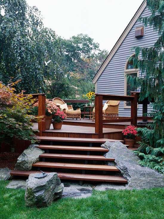 Gartengestaltung Pflege Terrassen Beispiel Mehrstufige ... Beispiel Mehrstufige Holzterrasse