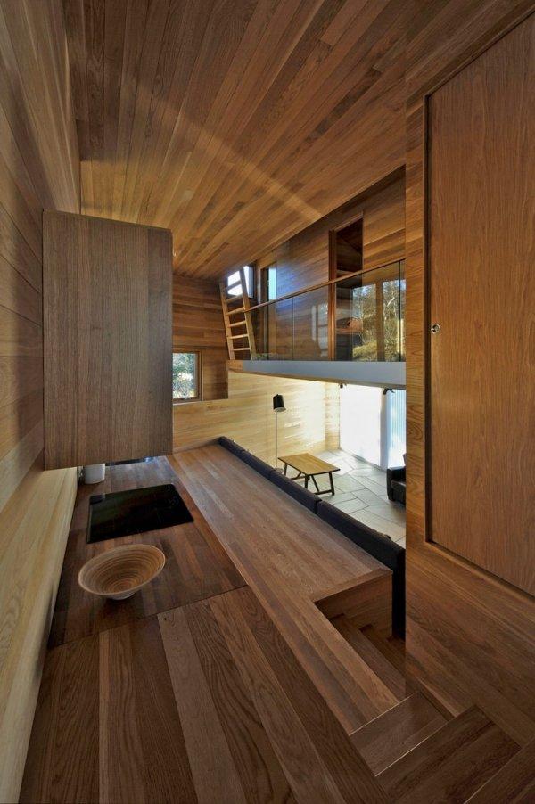 Moderne Ferienhtte in Norwegen komplett mit Holz verkleidet