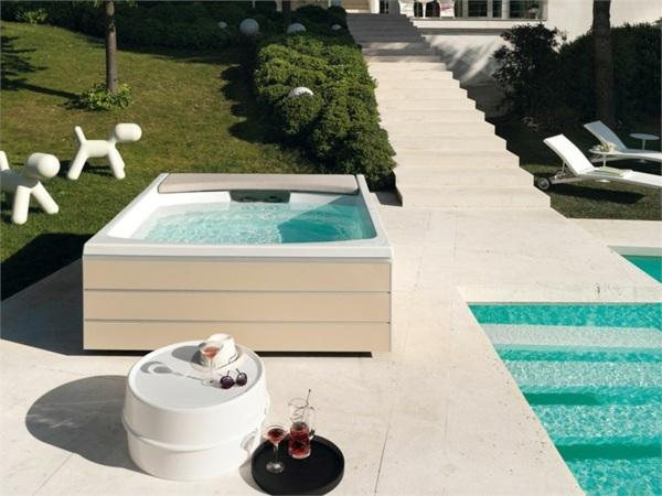 wohnen wellnes spa whirlpool design innen ausen   moregs, Badezimmer