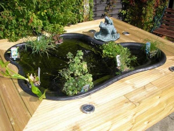 kleiner gartenteich holz teichbecken selber bauen - planbois, Garten seite