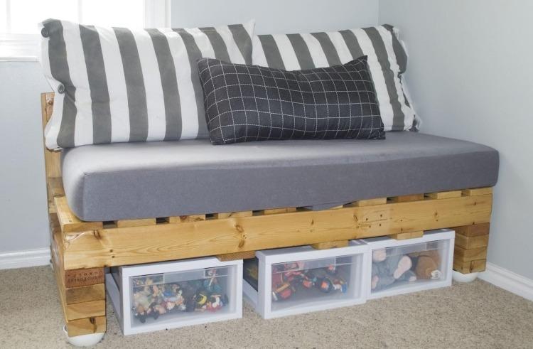 Mobel Aus Paletten Schicke Couch   Boisholz, Möbel