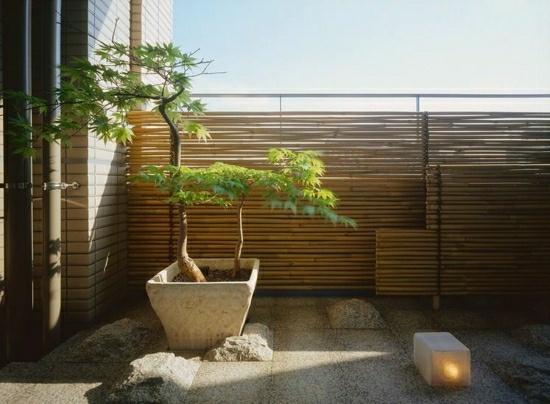 Bambus Balkon Sichtschutz Gestaltung Ideen Fuer Feng Shui Stil ... Sichtschutz Balkon Varianten Aus Holz